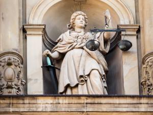 Dr. jur. Georg Meinecke – Fachanwalt für Medizinrecht